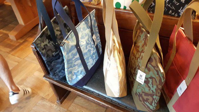 一澤信三郎帆布のトートバッグ