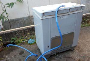 二層式洗濯機の排水方法