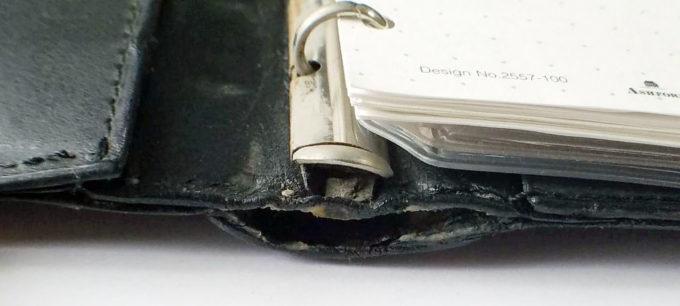 システム手帳の劣化