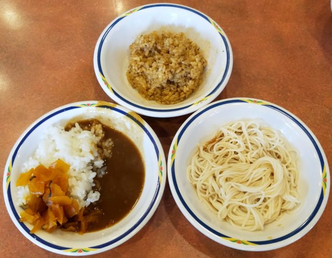 ステーキガストのご飯とカレー