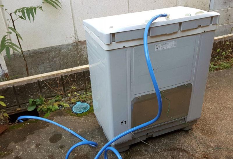 二層式洗濯機を庭に設置