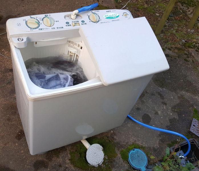 二層式洗濯機の設置方法