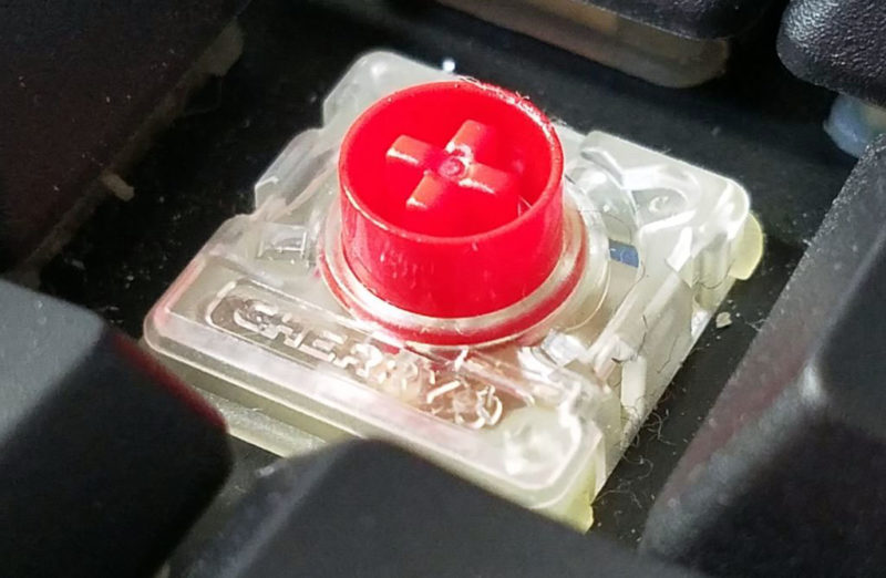 ロープロファイル赤軸